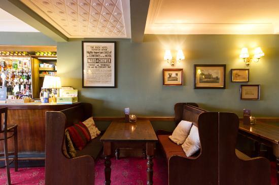 lounge booth picture of the rock inn yelverton tripadvisor rh tripadvisor co uk