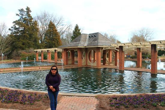 Huntsville, AL: The Aquatic Garden