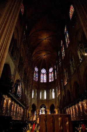 Paryż, Francja: Inside Notre Dame
