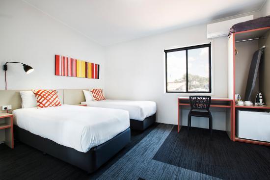 Villawood Hotel