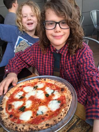Revolution House: Our favorite pizza place in the world!