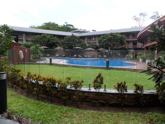 Holiday Inn Port Moresby: Pool for guests and long term tenants only