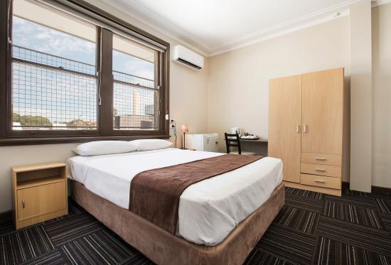 퉁가비 호텔
