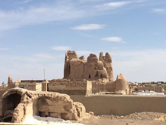 Narenj Castle