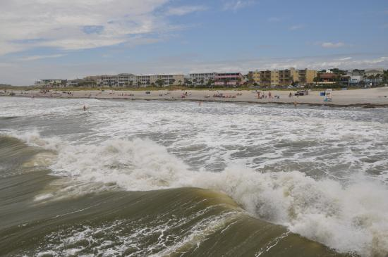 waves swelling toward tybee island beach picture of tybee island rh tripadvisor co uk