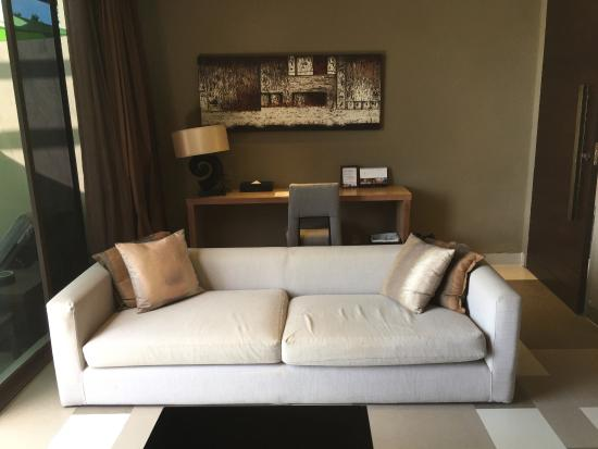 Impiana Private Villas Kata Noi: A couch to chill and listen to music in my room