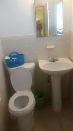 Seafarer Resort And Beach: Small Bathroom No Electrical Outlet And No Shelf  Space