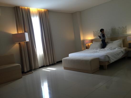 Hotel Santika Bengkulu Photo
