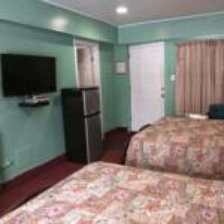 Lake Bluff, IL: room