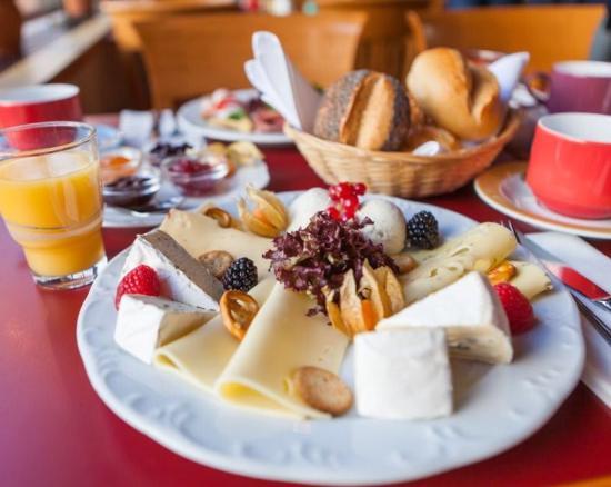 Hotel Bredeney : Vielseitiges Frühstücksbuffet