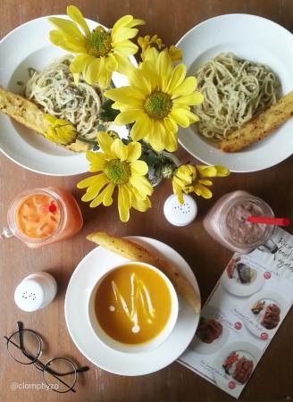 Lattice Cafe