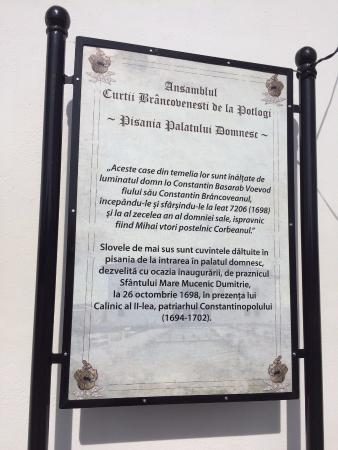 Potlogi, Rumania: outside placard