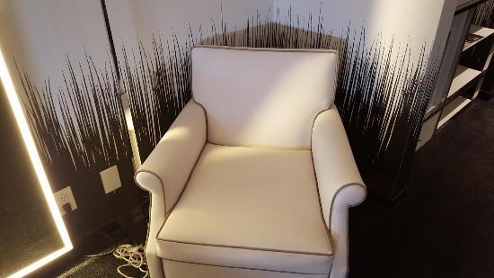 nice comy chair with edge of lighted mirror picture of sls las rh tripadvisor co za