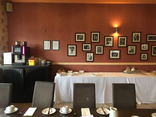 The beveridge park hotel updated 2017 reviews price for Dining room kirkcaldy