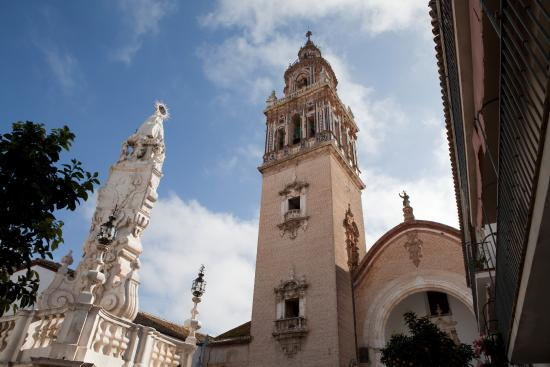 Ecija, İspanya: Triunfo a los patrones de Écija, la Virgen del Valle y San Pablo. s. XVIII. Plaza de Santa María