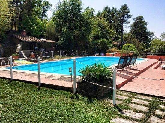 Villa Bonadea : piscina