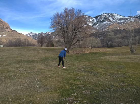 El Monte Golf Course: hole 1
