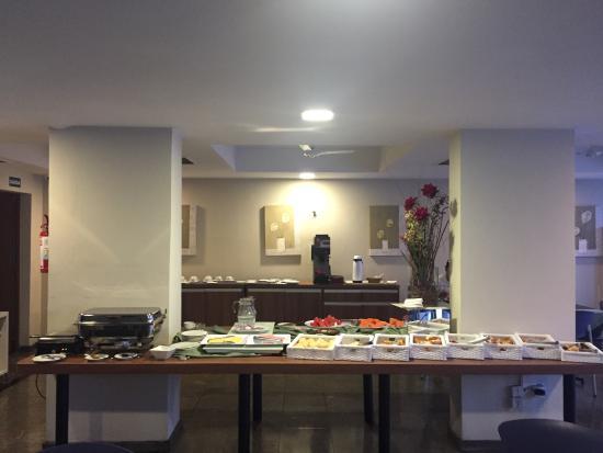 Hotel Center Inn