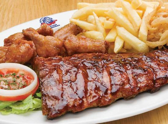 Stanger, Zuid-Afrika: ribs and wings