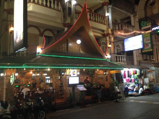Ruen Thai, Patong: The front of the restaurant