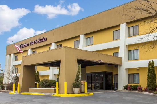 Photo of Clarion Inn & Suites Knoxville