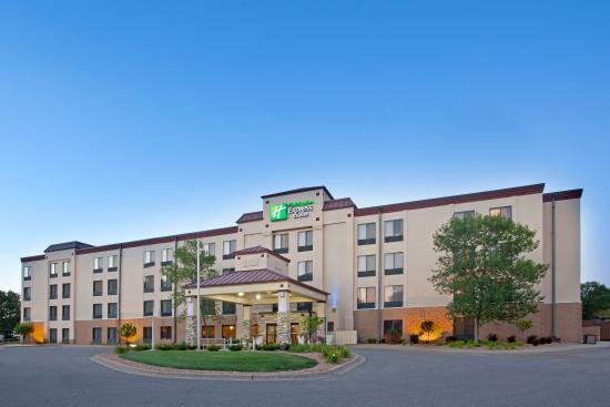 ‪Holiday Inn Express Minneapolis-Minnetonka‬
