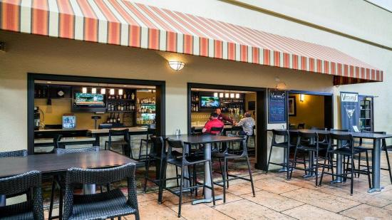 Concord, CA: Vineyards Restaurant and Bar