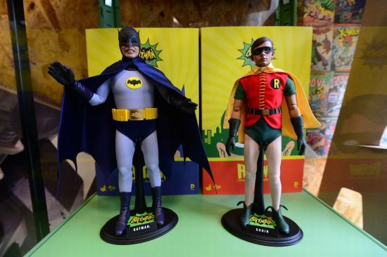 Coventry, UK: Batman & Robin Hot Toys