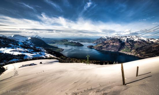 Kanton Nidwalden, Schweiz: Sicht auf den Vierwaldstättersee vom Niederbauen, Emmetten