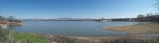 Kerkini, Grécia: Πανοραμική φωτογραφία λίμνης Κερκίνης