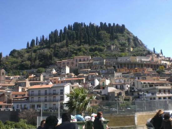 Monforte San Giorgio, Olaszország: Santuario Ed Eremo Maria SS. Di Crispino