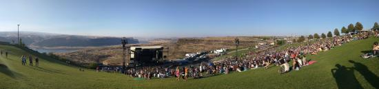 George, Вашингтон: Panorama photo from September 12, 2015 before the Foo Fighters concert.