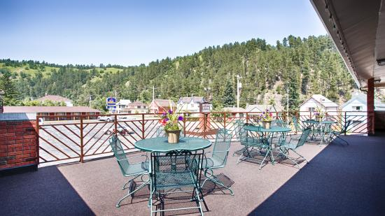 BEST WESTERN Hickok House: wonderful view from the deck area