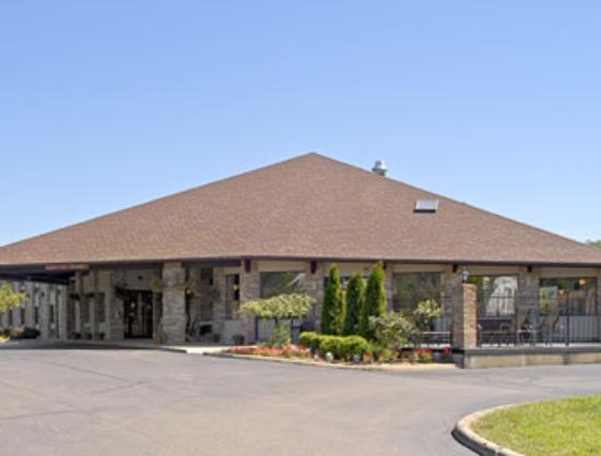 Photo of Baymont Inn & Suites Athens