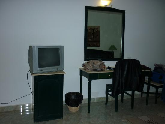 Swisscare Nuweiba Resort Hotel: Free wifi and Television....
