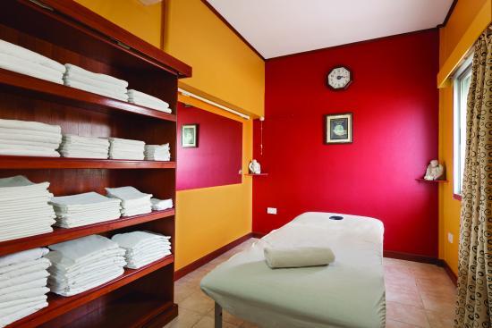 Manama hotel with Massage - Prestigia.com