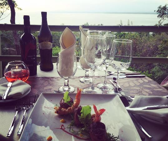 Issimo Restaurant : magnificent sunsets
