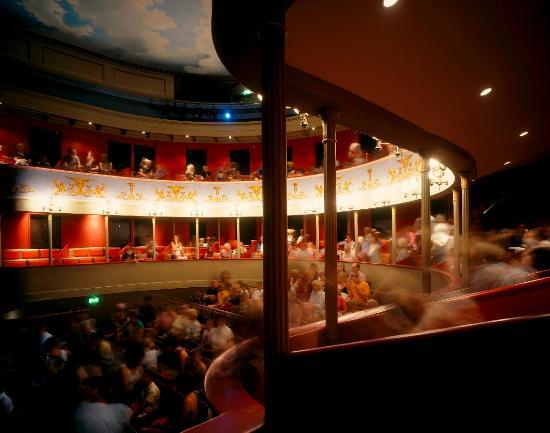 Theatre Royal, Bury St. Edmunds: Our beautiful auditorium