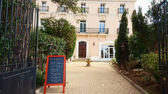 Hostellerie de Saint-Alban