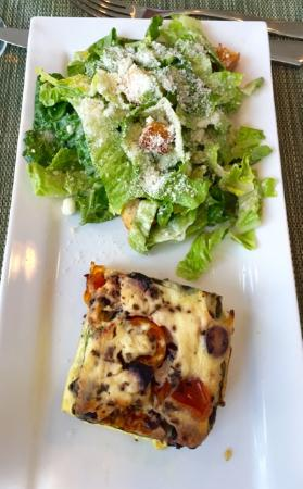 AK Cafe: Quiche and salad
