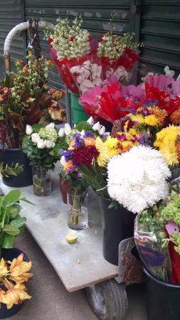 Hilton Garden Inn New York/Manhattan-Chelsea: Flower district