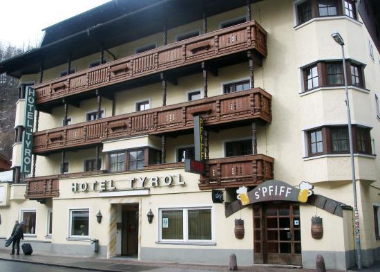 Photo of Hotel Tyrol Solden