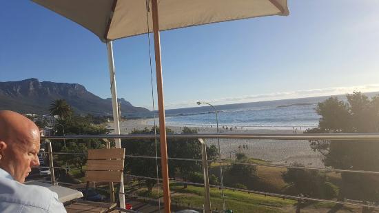 Primi Seacastle Guest House: 20160309_181042_large.jpg