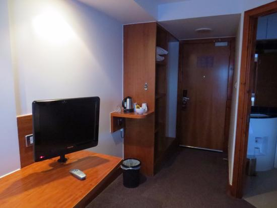 Premier Inn Thurrock West Hotel Image