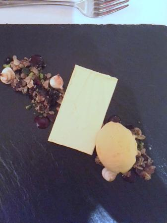 Llugwy Restaurant: Passionfruit mouse with mango ice-cream and granola