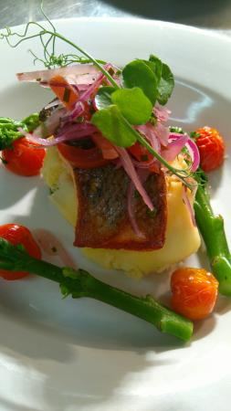 Ecton, UK: Ladies night@the world's end £15.95 3courses