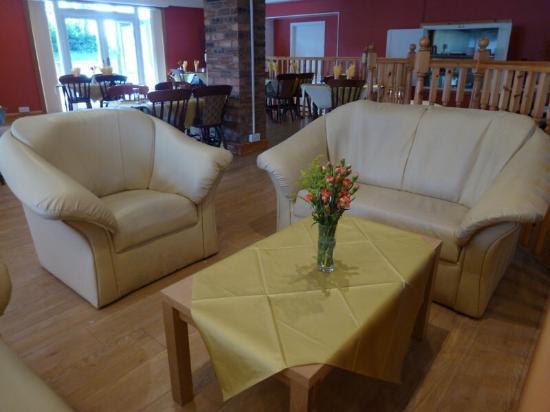 Navaar House Bar U0026 Bistro: Coffee On The Couch