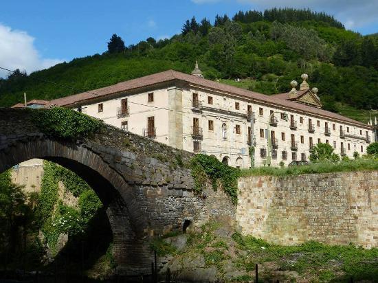 Pola de Allande, Spain: Monasterio de Corias