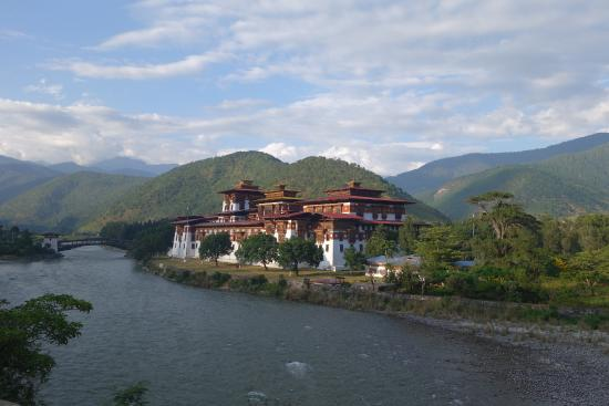 ‪Bhutan Travel Club‬