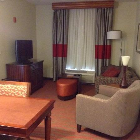 Homewood Suites Phoenix-Avondale: View when you walk in the door